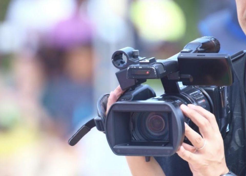 動画撮影も可能なカメラ