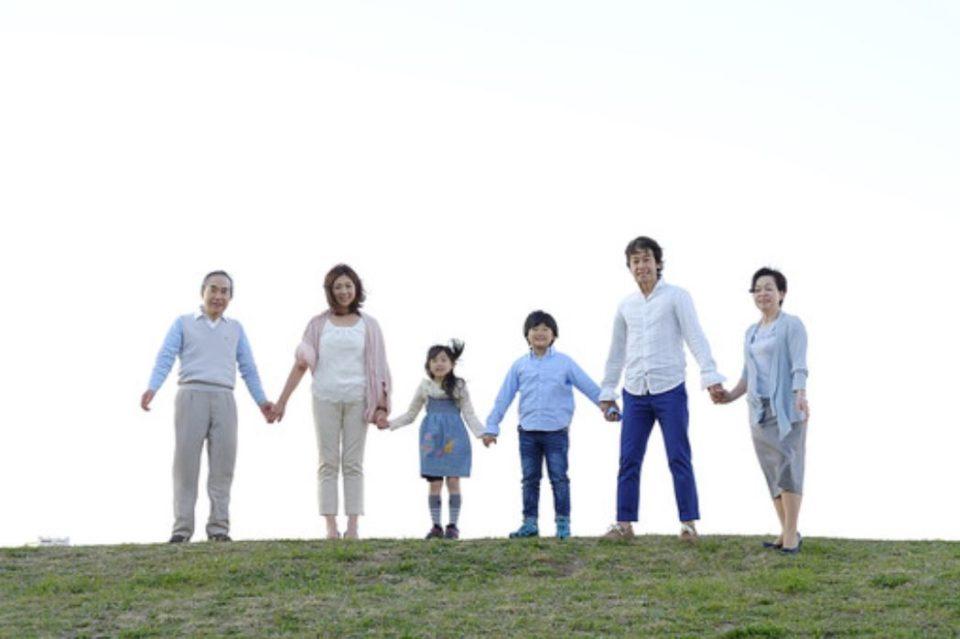 子供と親と祖父母の3世代