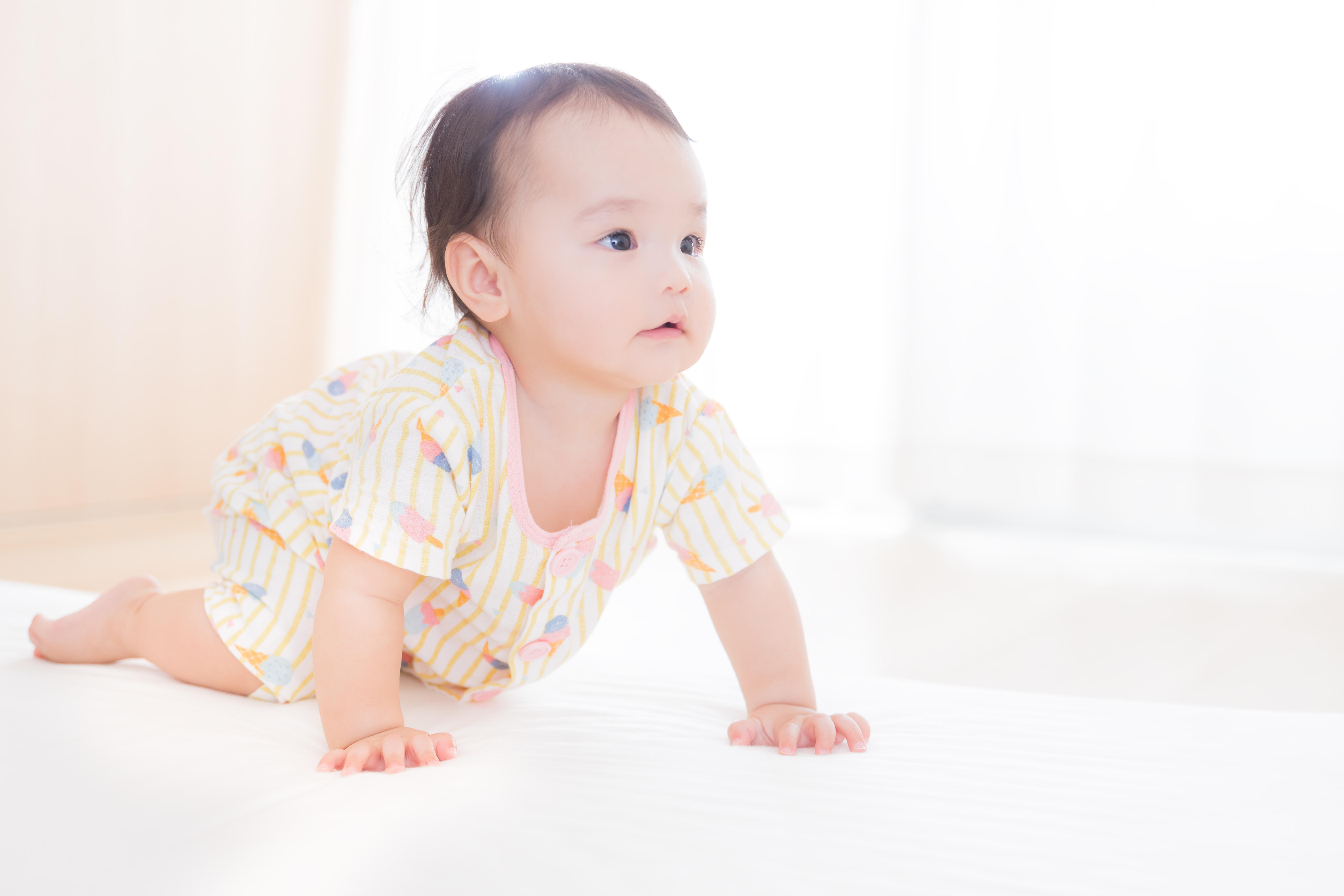 【赤ちゃんモデル】子供がモデルになるために必要な費用と報酬は?